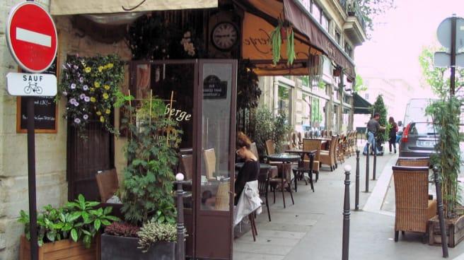 terrasse de l'auberge - L'Auberge Café, Paris