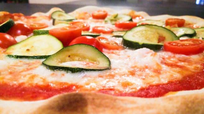 Pizza zucchine e pomodorini - Tanta Roba
