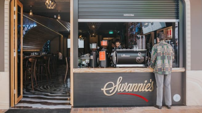 Swannie's Restaurant & Lounge Bar, Southport (QLD)