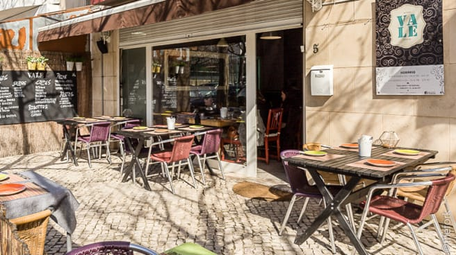 Esplanada - Restaurante Vale, Estoril