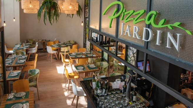 Vista Sala - Pizza Jardin - Francisco de Sales, Madrid
