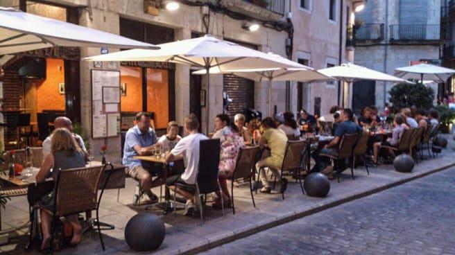 Vista terraza - El Museu del Vi, Girona