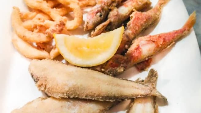 Pescadito frito de la zona - Casa Lazo, Cádiz