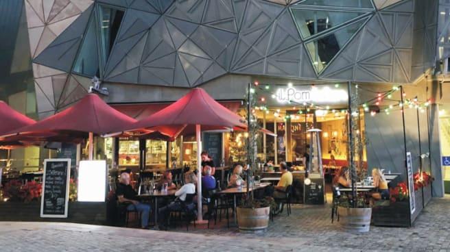 Restaurant's front - Il Pom Italian Fed Square, Melbourne (VIC)