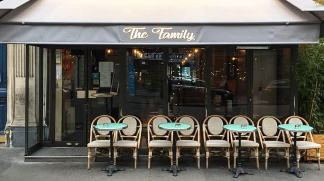 Devanture - The Family, Paris