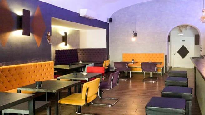 Veduta dell interno - Cuvée, Bologna
