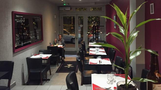 Salle du restaurant - Le Quinocéen, Suresnes