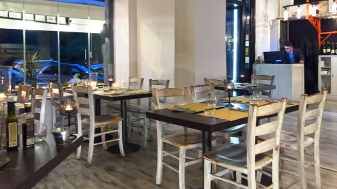 Sala del ristorante - Cantieri, Rome