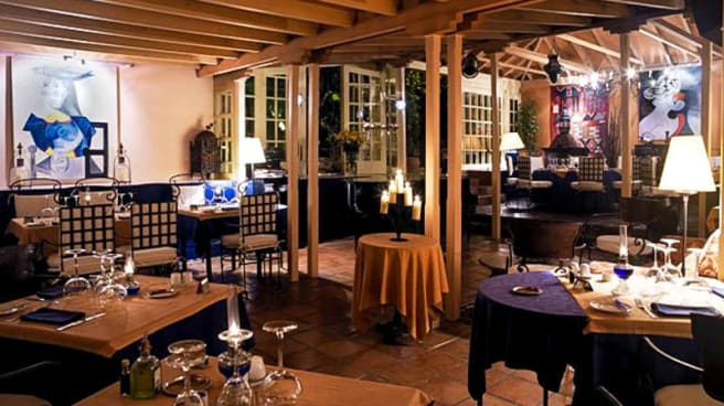 Sala acojedora - La Estancia - Regency Resorts