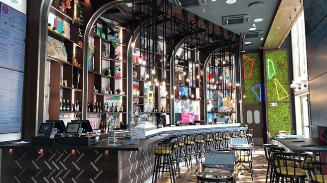 Veduta dell interno - Fram Fish Bar