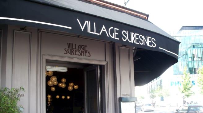 Entrée - Village Suresnes, Suresnes