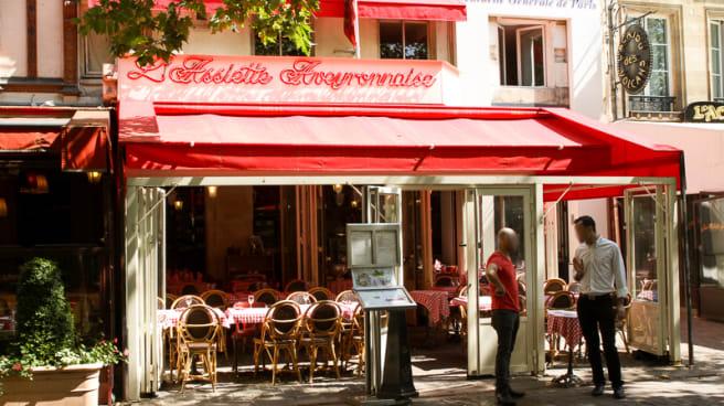 Assiette Aveyronnaise, Paris