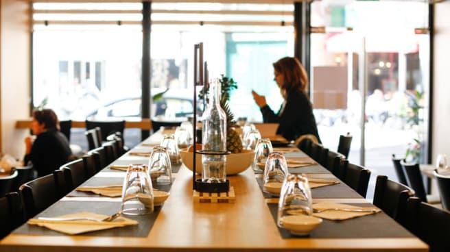 Table dressée - Hao Long, Paris