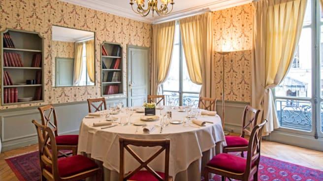 Salon Cour - Le Poulpry, Paris