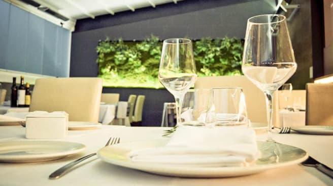 Detalle mesa - La Terraza de Alba, Tres Cantos