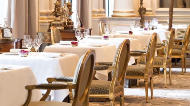 Coin de la salle - Le Cinq - Four Seasons Hôtel George V, Paris