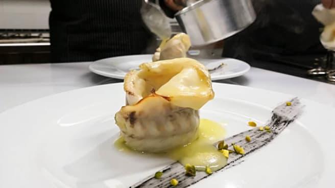 filetto di spigola in crema di limone - Osteria Veronique, Trani