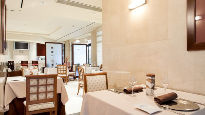 Vista mesas - La Torre - Hotel Badajoz Center, Badajoz