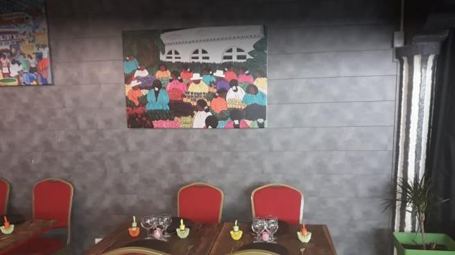 salle 2 - CHAMAREL / Cuisine du monde Créole & Exotique