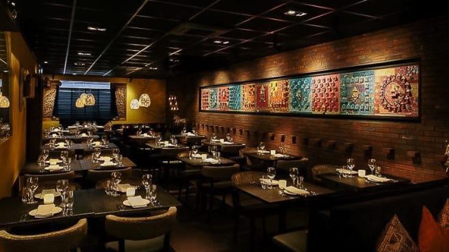 Restaurantzaal - Indiaas Restaurant Mayur, Ámsterdam