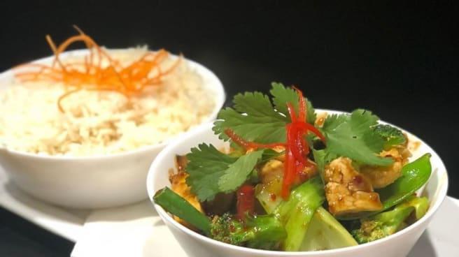 4 - Phon's Thai