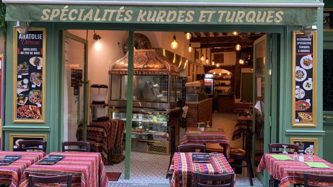 Anatolie Durum, Paris