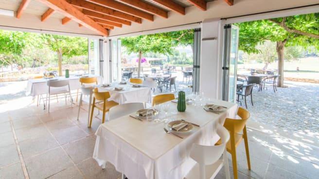 Detalle mesa - Hoyo19, Santa Eulalia