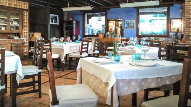 Sala del Restaurante - Riu Calabres, Llanes