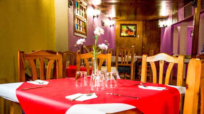 Detalle sala - Las Portadas, Tordesillas