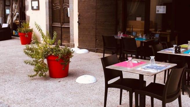 Terrasse - Chez Adele et Louis, Aurillac