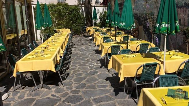 Terrasse - La Taverne, Puteaux