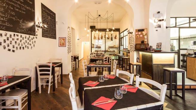 Salone ristorante - Selfie Now, Roma