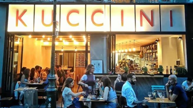 Kuccini, Paris