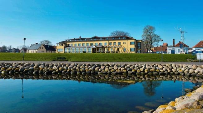 Byggnad - Restaurang Piraten på Hotel Svea