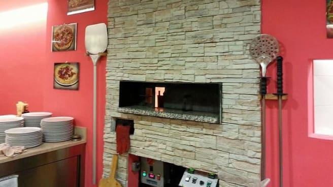 Vista forno a legna - Ristorante Pizzeria Ca' Brusa, Lavagno