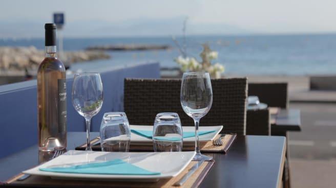 table - Au bord du Cap, Antibes