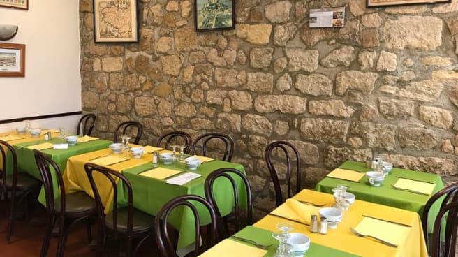Salle du restaurant - Aux Ducs de Bourgogne, Paris