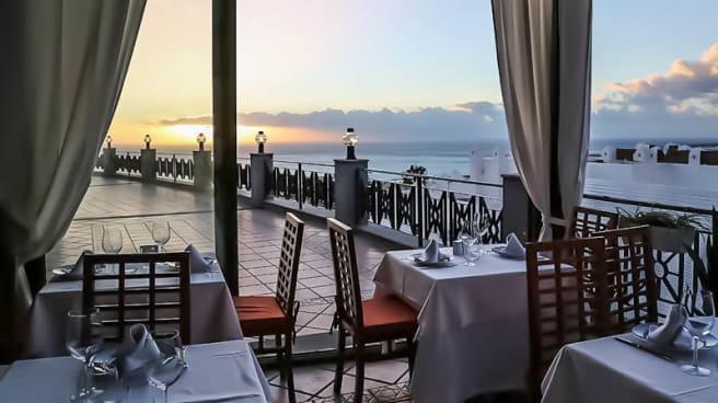 Vista terraza - Barracuda Barra y Mantel, Costa Adeje