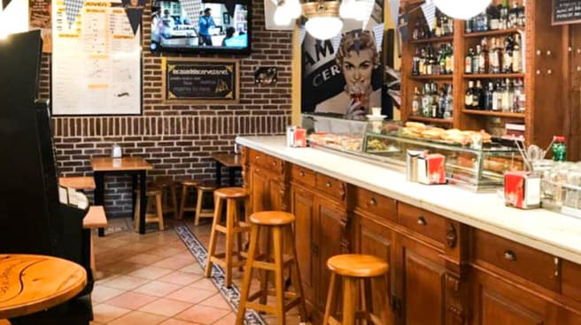 Vista de la sala - La Casa de la Cerveza, Burgos