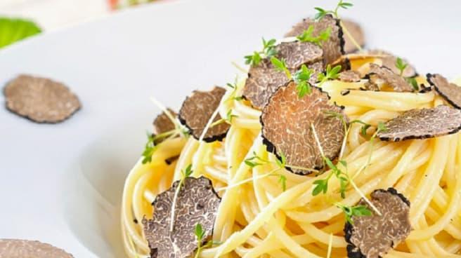 Tajarin con tartufo - Cascina Bavino di Scaiola Lino