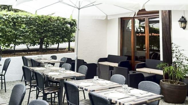 Terrasse - Le Restaurant de Philomène, Chêne-Bourg