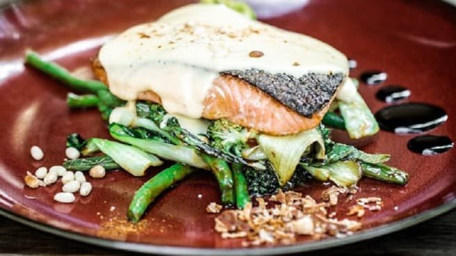 salmon - The Durham Castle Arms, Kingston (ACT)