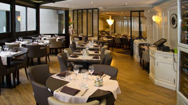 Salle Restaurant - Le Ballon d'Alsace, Courbevoie