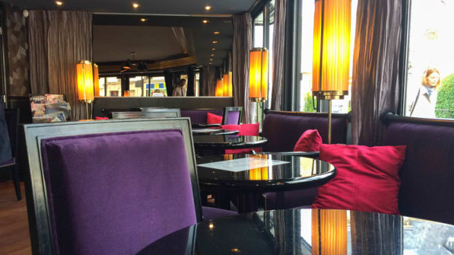 Vue des tables - Le Café du Théâtre, Boulogne-Billancourt