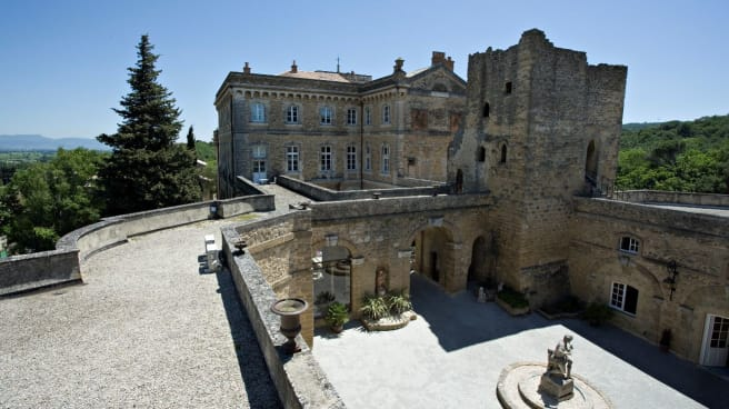 chateau - Chateau de Rochegude****