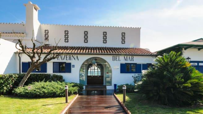 Vista entrada - La Taverna Del Mar