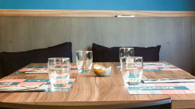 Veduta dell interno - Officine Burgers and Drinks, Aversa