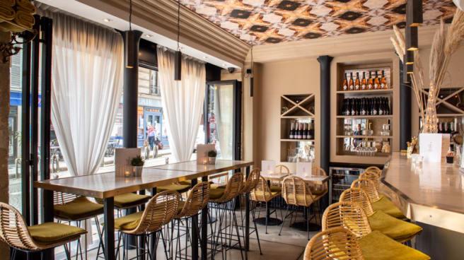 Salle du restaurant - Source Infinie, Paris