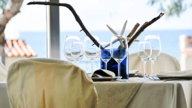 tavolo con vista al mare - Le 4 Stagioni