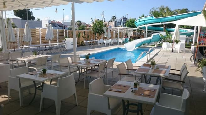 Terraza - Tobogan Grill & Lounge Bar, Alcudia